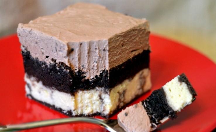 1. Етап. Торт акуратно дістаньте з форми і подавайте.
