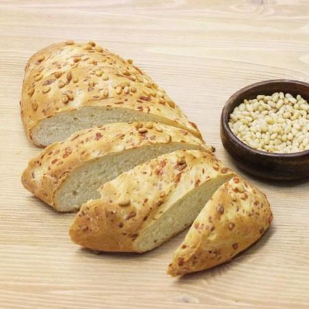 1. Этап. Выпекайте хлеб в предварительно разогретой духовке при 180 градусах около 40 минут.