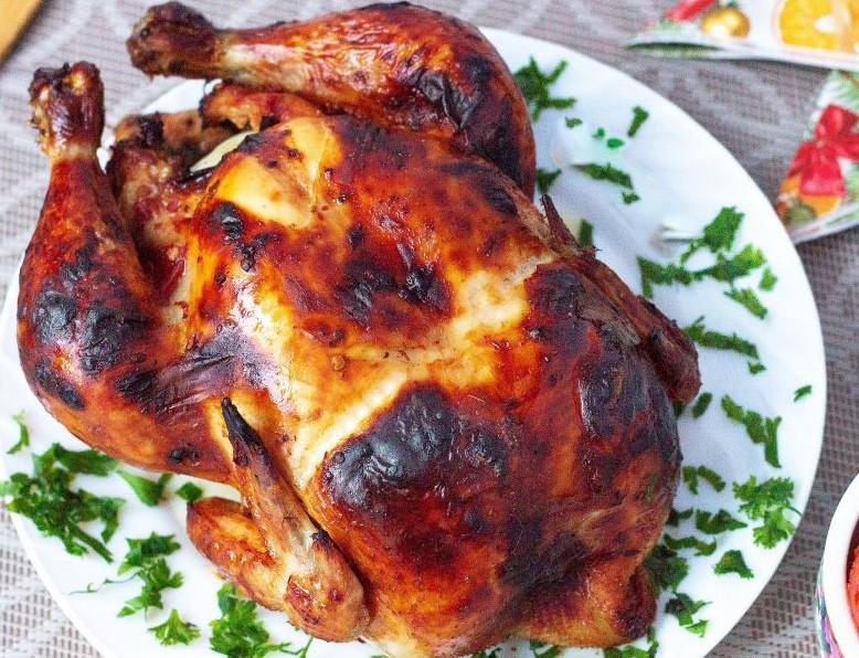 1. Этап. Из готовой курицы снимите нить и подавайте.
