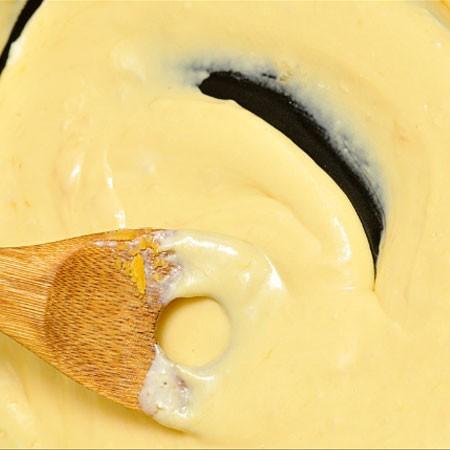 1. Этап. В конце добавьте остальное сливочное масло, перемешайте и подавайте к макаронам или другим блюдам.