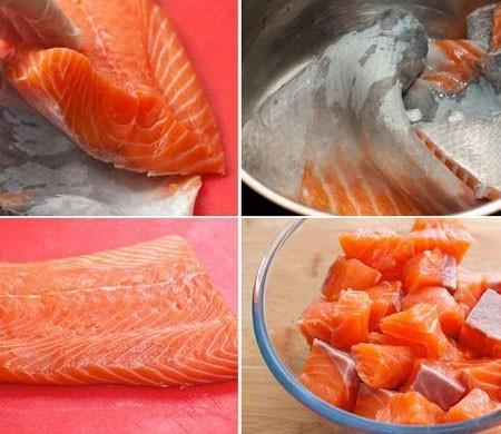 1. Этап. Лосось можно заменить семгой или форелью. Рыбу очистите от шкурки и костей, филе нарежьте кубиками. Шкурку залейте водой, добавьте соль, перец горошком и варите после закипания 20 минут.