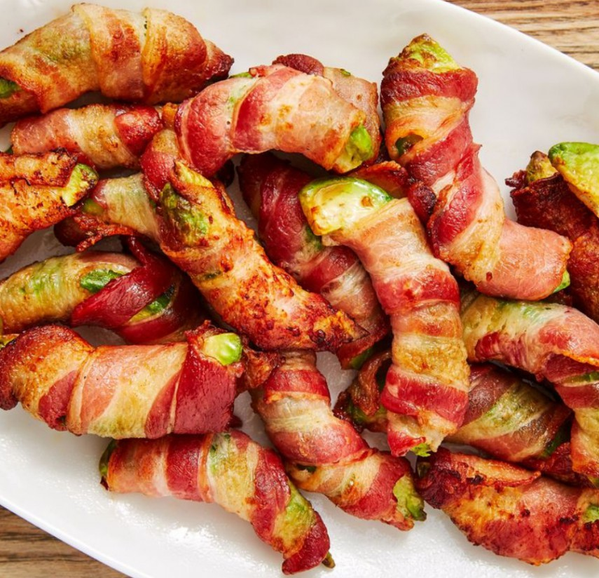 1. Stage. Bake until bacon is cooked through and crispy, 12 to 15 minutes. Serve with ranch dressing.