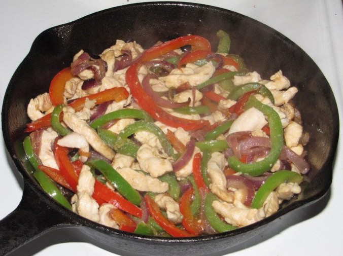 1. Stage. Cut the chicken into thin strips and add to the vegetables. Fry everything for 7 minutes, then pour the wine and add the chopped cucumbers, salt and pepper to taste. Cook before evaporating the wine.